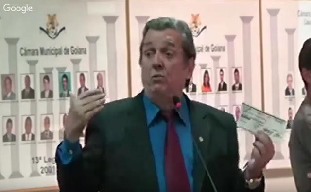 http://www.blogdofelipeandrade.com.br/2016/04/beto-gadelha-acusa-edval-soares-de-ter.html