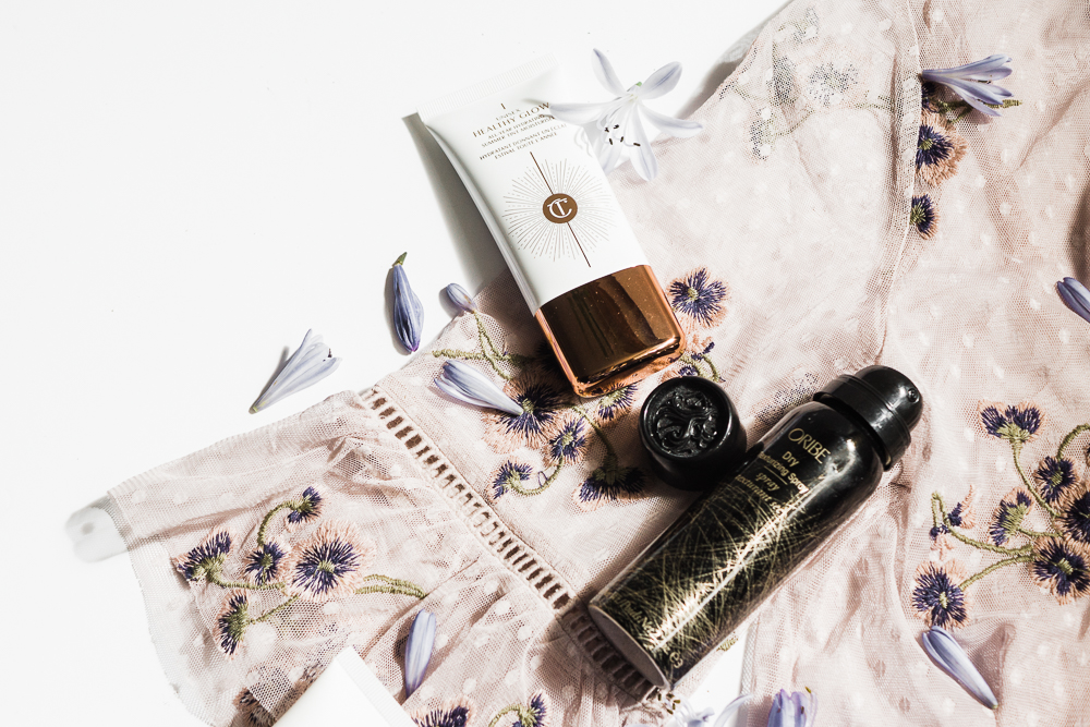 beauty-lifestyle-flatlay-photography-date-night-essentials
