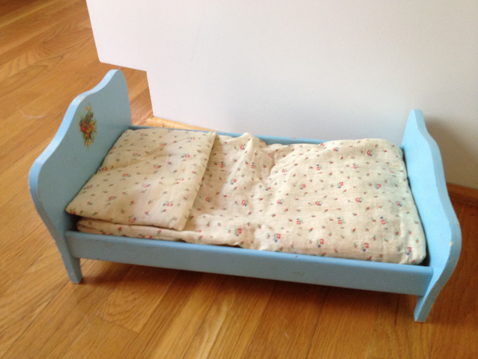 Here S A Small Doll Bed With Mattress Filled Straw And Pillow Batting It Needs Some Sheets Quilt