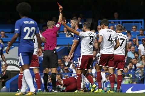 Chelsea tạo sự kiện hy hữu trong lịch sử