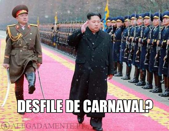 Alegadamente: Imagem de Kim Jong-un – Desfile de Carnaval?
