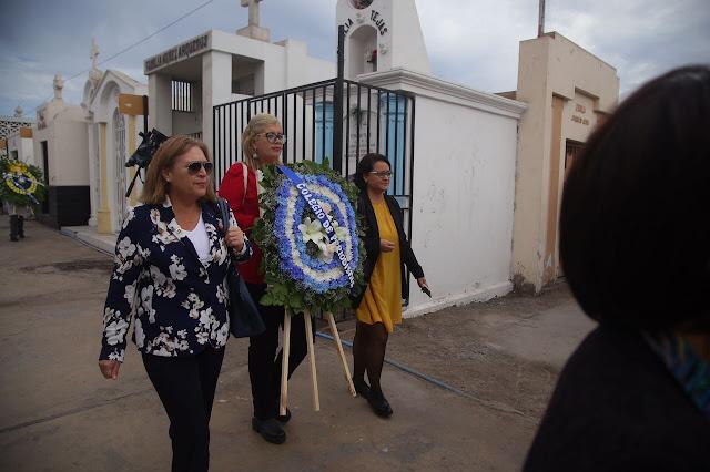 Colegio de Periodistas recordó a Manuel Castro Ramos junto a comunidad escolar