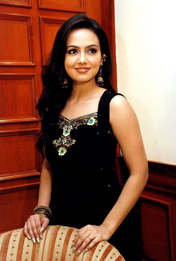 blooming and winning Sana khan at an event