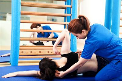 脊椎側彎-矯正-物理治療-挺立康脊柱美學物理治療所