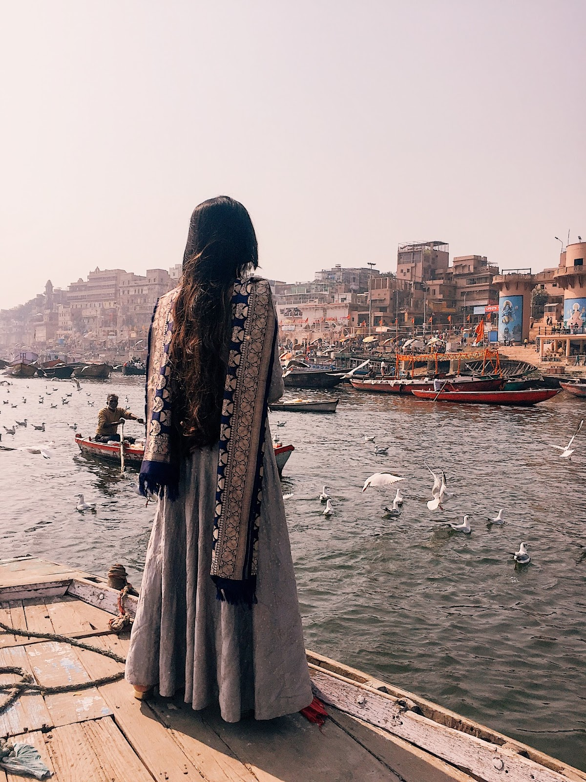 varanasi travel guide, vranasai information, uttar pradesh tourism, tips on varanasi, travel varanasi, spiritual capital of india, city of temples, indian travel blogger, uk blog, benares travel