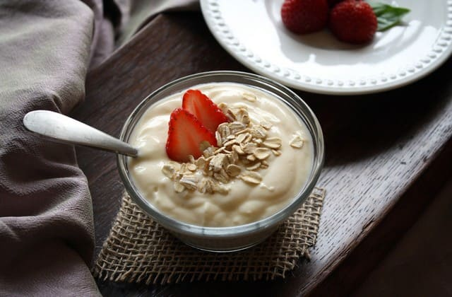 Makanlah yogurt murni maupun berbagai varian yogurt