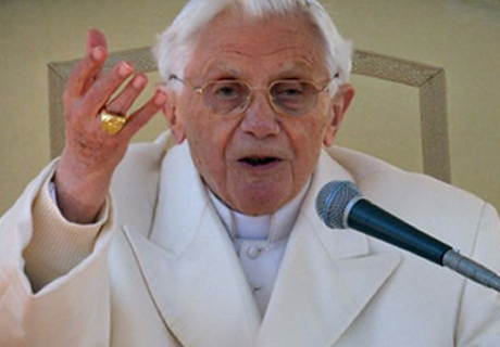 Former Pope Warns Of Vatican Alien Agenda