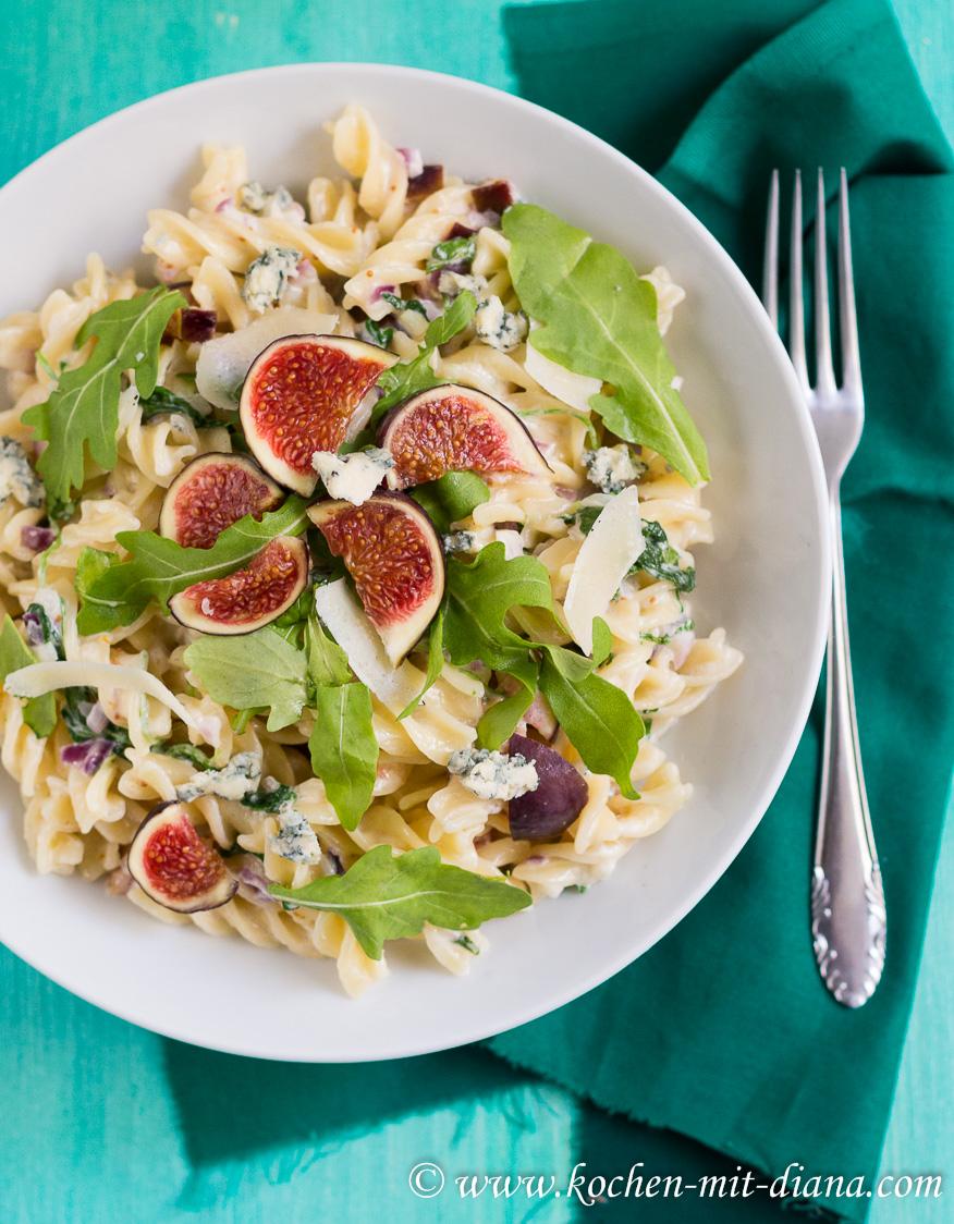 Pasta mit Gorgonzola und Feigen