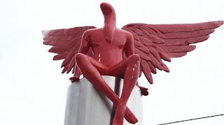 Δε φαντάζεστε πού βρίσκεται σήμερα το άγαλμα που προκάλεσε σάλο στο Παλαιό Φάληρο