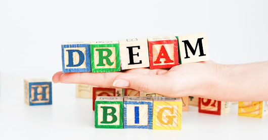 Dream Big, Set Goals, and Make the Top 10 Blogs for Entrepreneurs List