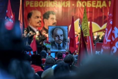 ستالين يحظى بأفضل تقييم في روسيا.. ومومياء لينين تثير الانقسام