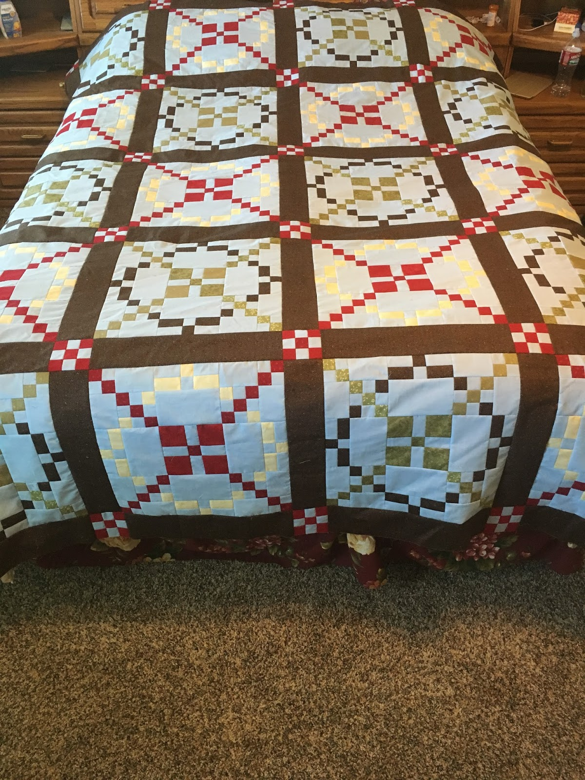 Because I say sew ;) : Tone It Down Quilt