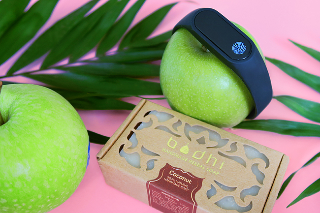 La Petit Box, Bodhi, Step Tracker