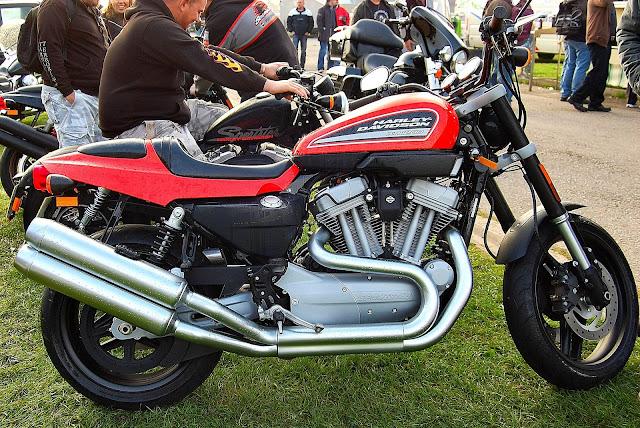 Harley Davidson XR750 1972: King of Dirt Track