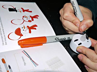 Lucky Gecko Midwinter Activity Box - Tealight Snowmen
