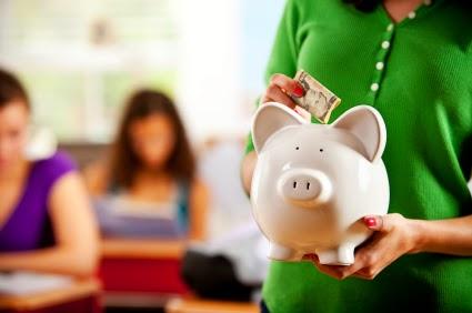 Tips For Teenagers to Manage Their Personal Finance