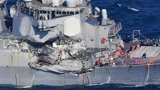 Destroyer USS Fitzgerald (DDG-62) AS dan Kapal Barang Tabrakan