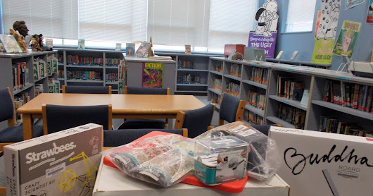Creating Mobile Classroom Makerspace Library Program