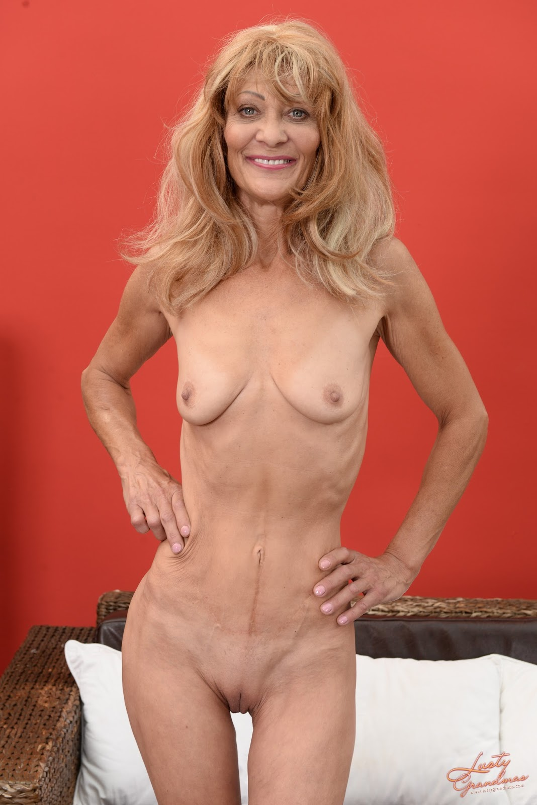 Skinny mature milf pis something is