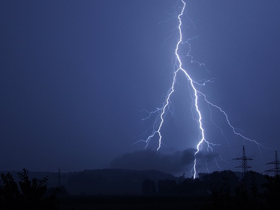 嵐の予感(素材)