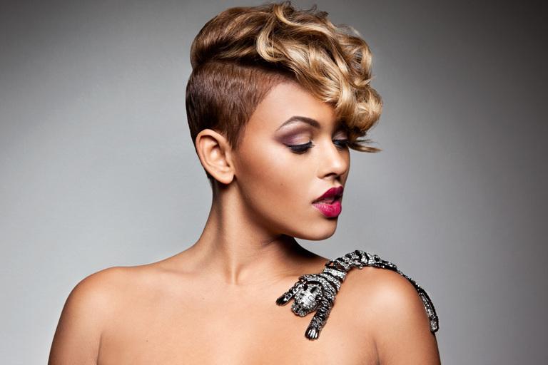 Vier Exklusive Frisuren Für Sehr Kurze Haare Frisuren Kurz 2016