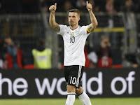 Laga Terakhir, Podolski Bawa Jerman Taklukkan Inggris