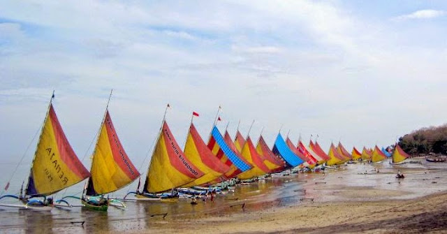 Objek Wisata Pasir Putih Situbondo