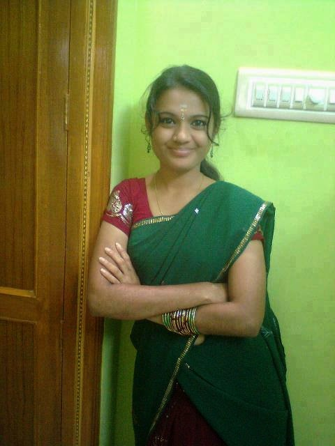 indian cute girls at saree