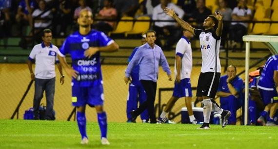 Golaço de André salva invencibilidade do Corinthians contra o São Bento