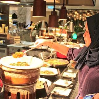 'Jom Makan' At Hilton Kota Kinabalu