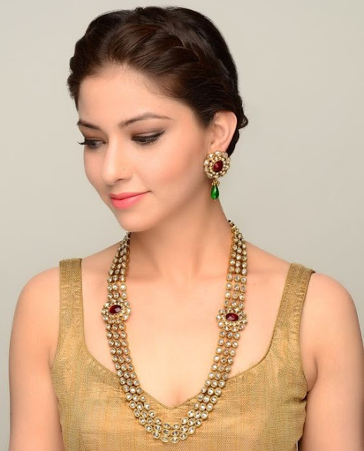 Indian young girls jewelry pic collection, Indian wedding jewellery set pics collection