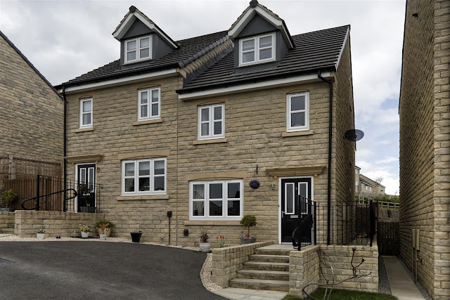 This Is Huddersfield Property - 3 bed property for sale Tennyson Avenue, Lindley, Huddersfield HD3