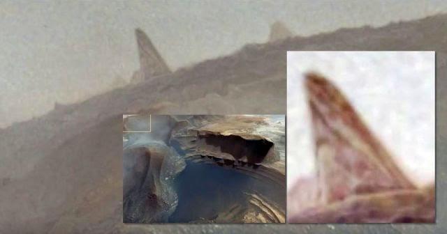 Huge Monolith Captured By NASA's Mars Reconnaissance ...