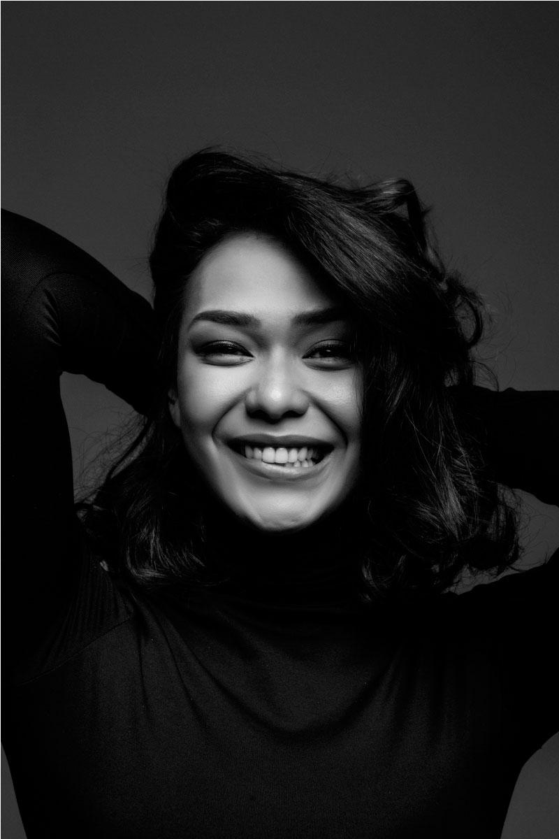 Adinia Wirasti - Aktris Indonesia