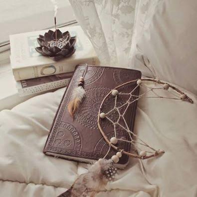 Bruxaria, magia, bruxa, livro da bruxa, wicca