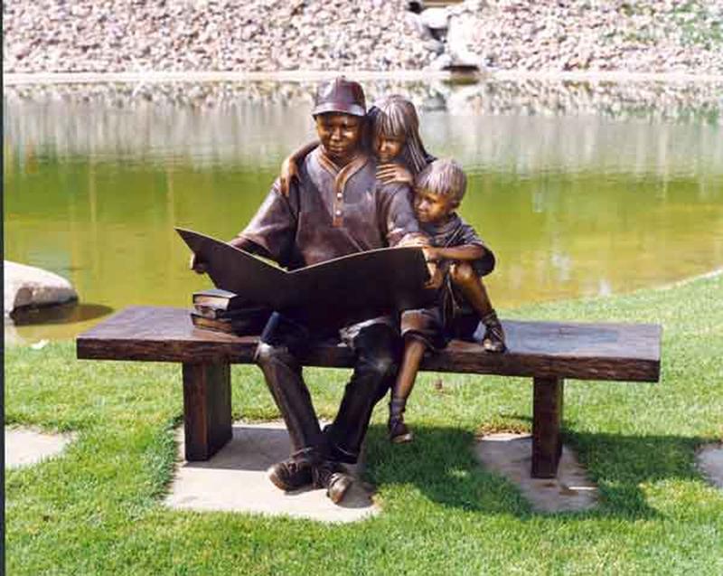 George Lundeen 1948 | American Figurative sculptor