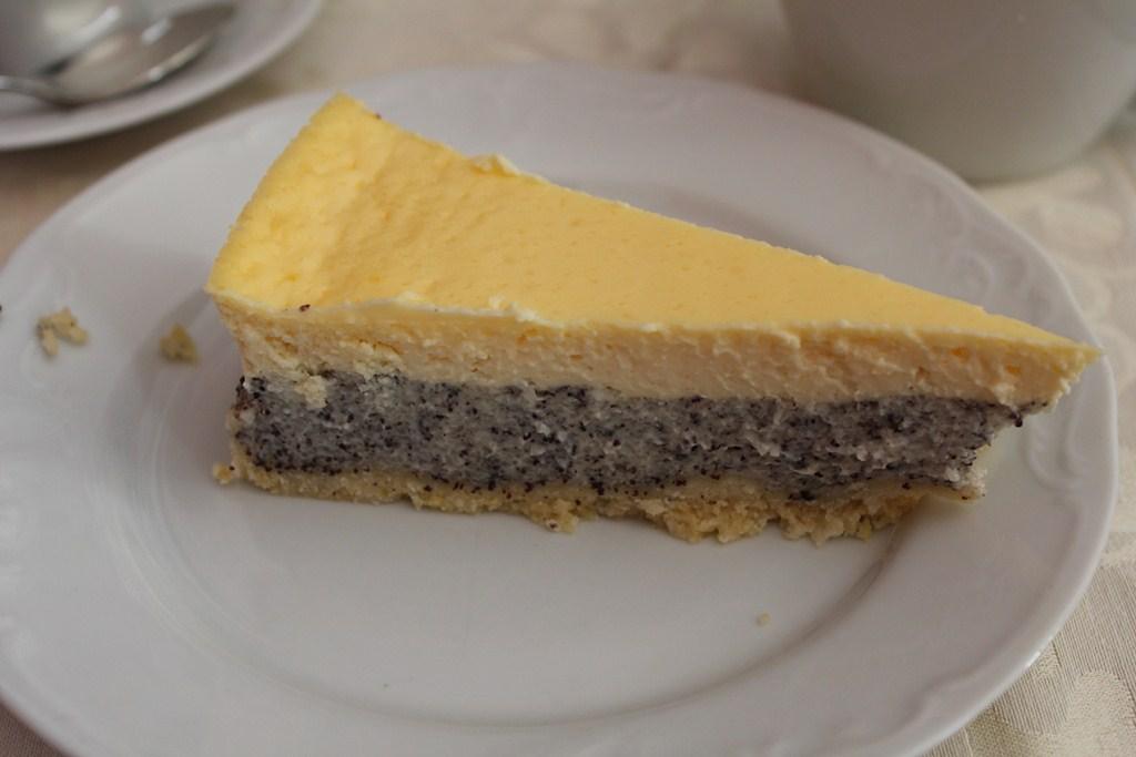 Backvergnugen Mohn Schmand Torte Foodscoutsberlin All About Food