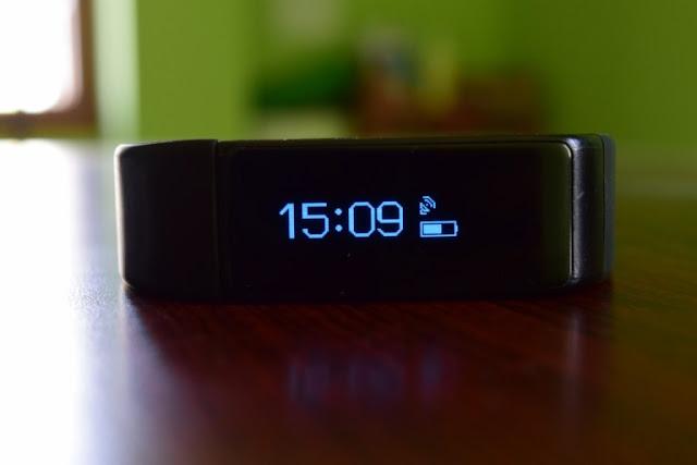 i5 Plus Bluetooth Smart Fitness Band