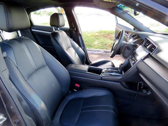 Novo Honda Civic 2017 Touring - espaço interno
