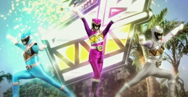 She's Fantastic: Power Rangers Dino Supercharge PURPLE RANGER!