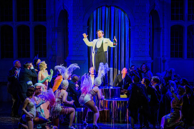 Ben Johnson & ensemble - Die Fledermaus - Opera Holland Park. Photo Robert Workman.