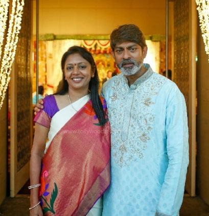 Jagapathi Babu and his wife: