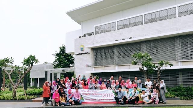 Go Wet! Waterpark Grand Wisata Bekasi
