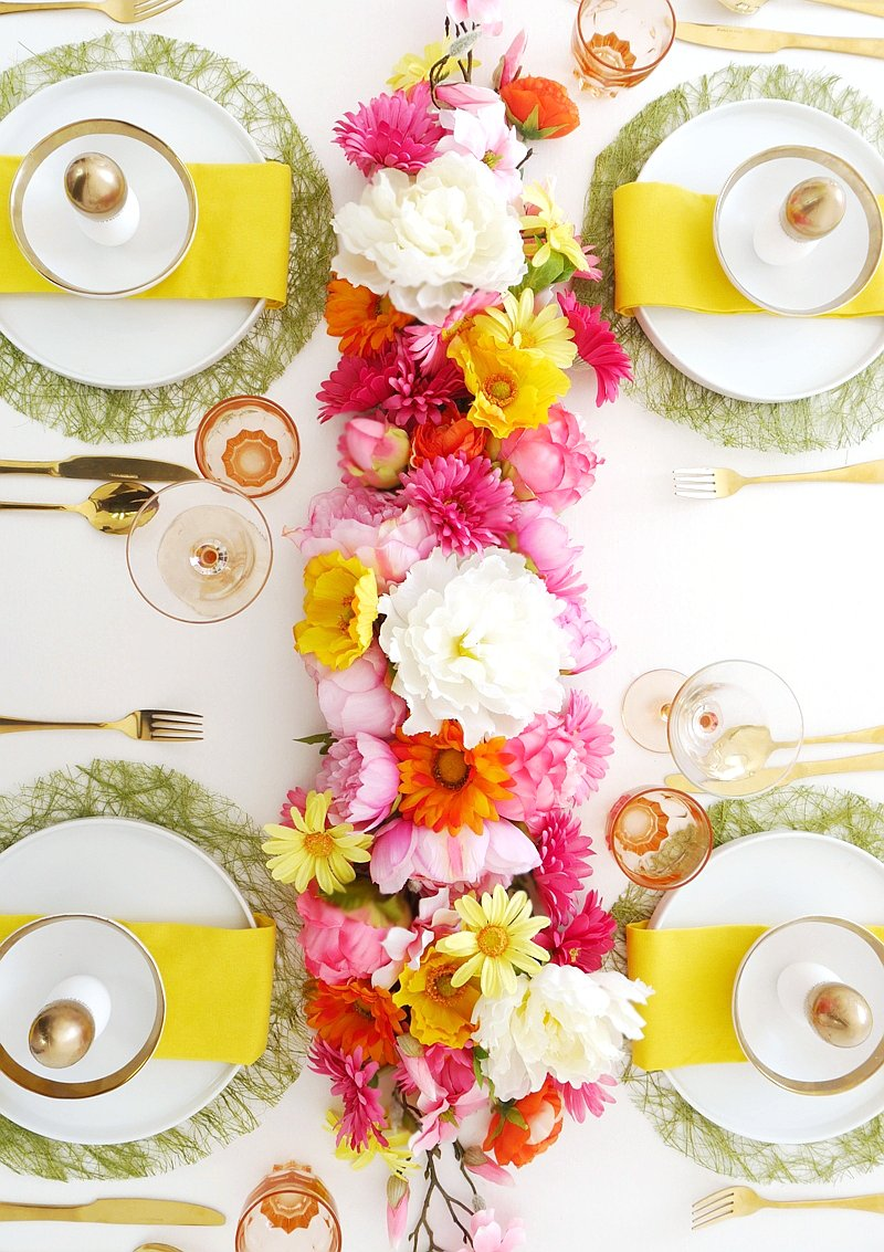 DIY Floral Table Runner Party