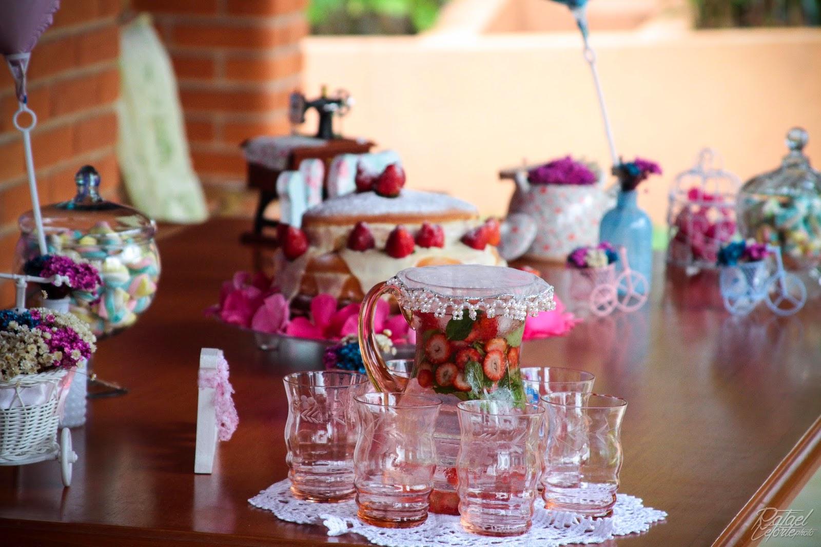 noivado-rosa-azul-decoracao-mesa-bolo-1