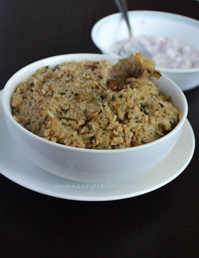 Dindigul Thalapakatti style chicken biryani