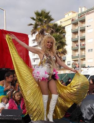http://paginatres2.blogspot.pt/2017/02/flyer-promocional-do-carnaval-de.html