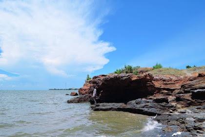 Pantai Lekok Pasuruan, Spot Terbaik Untuk Melihat Sunset Dan Berburu Ikan Segar