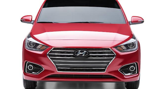 New Hyundai Verna 2017 front headlight