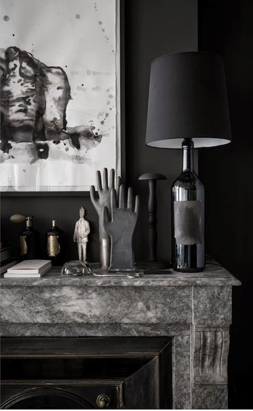 Black on Black: A beautiful home